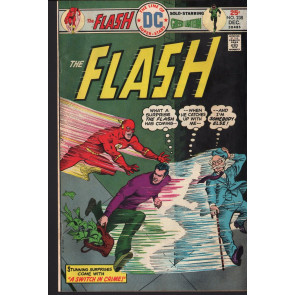 FLASH (1959) #238 FN (6.0) co-starring Green Lantern