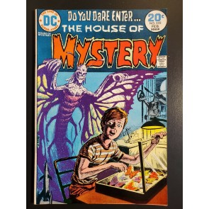 House of Mystery #222 (1974) VFNM (9.0) Butterfly Monster Luis Dominguez cover|