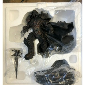 World of Warcraft Arthas statue Blizzard MIB Never Displayed